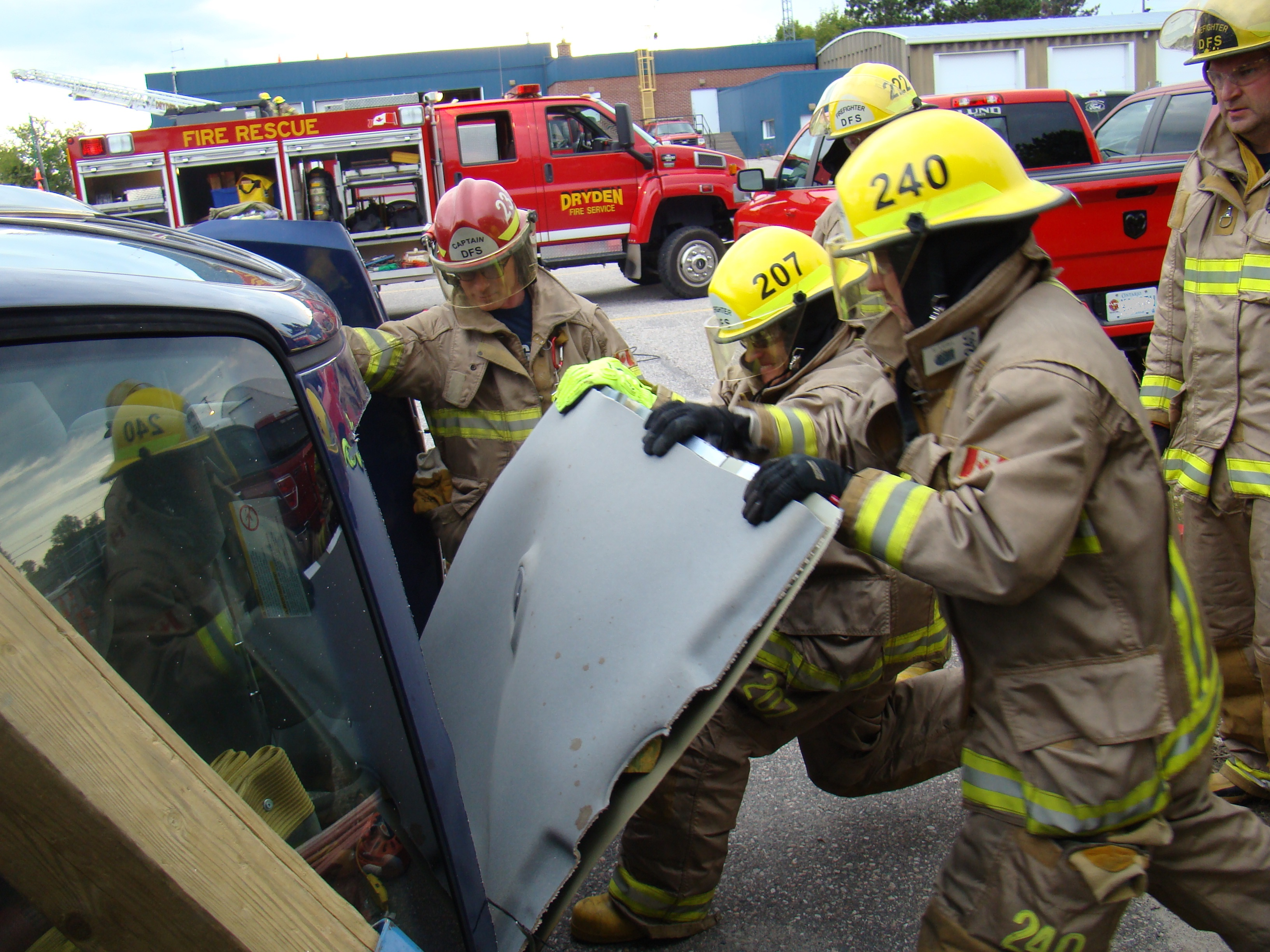 Photo of vehicle extrication training, car roof being removed