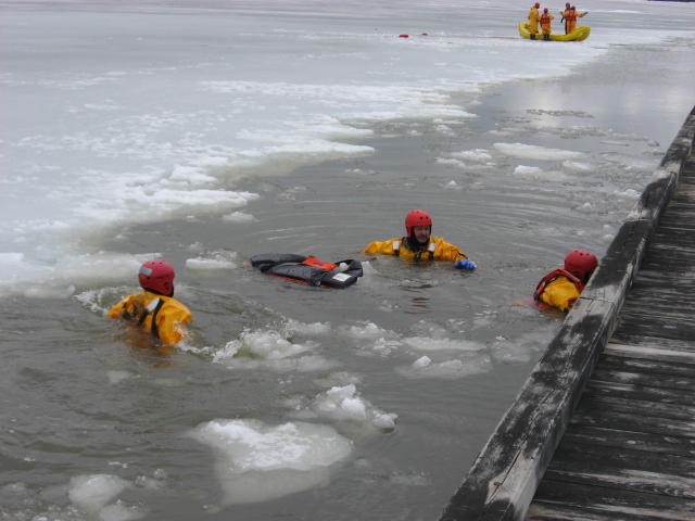 Photo of water/ice rescue training